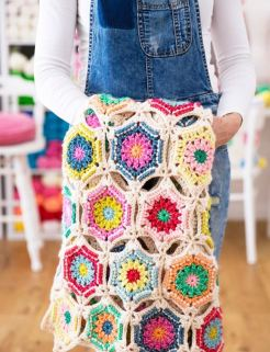12 months of crochet with redagape - starlight dancer