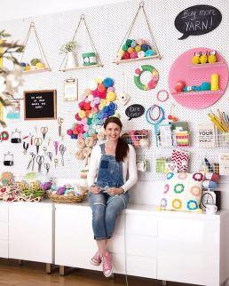 Mandy (@crochetbyredagape)